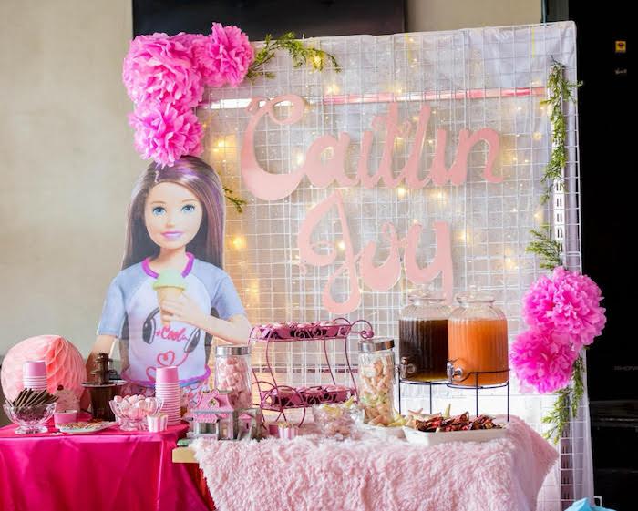 День рождения Барби с тележкой мороженного