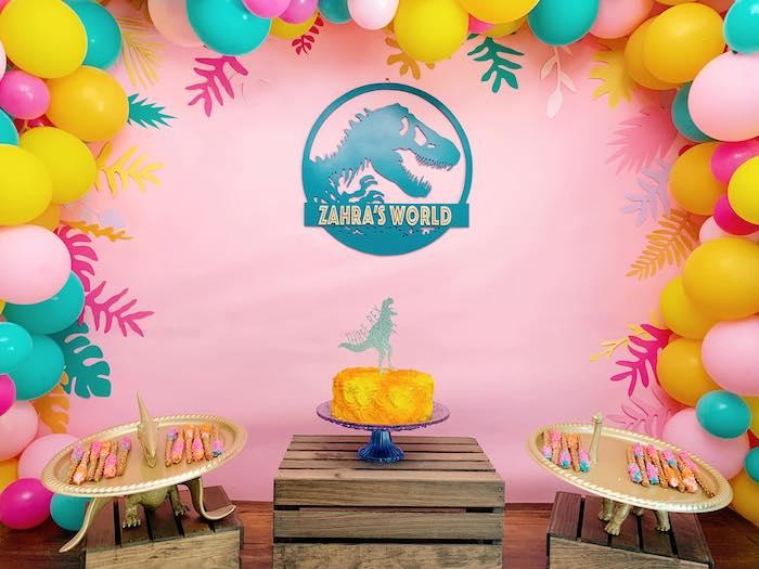 """Фотозона для девочки динозавры """"Dino Party"""""""