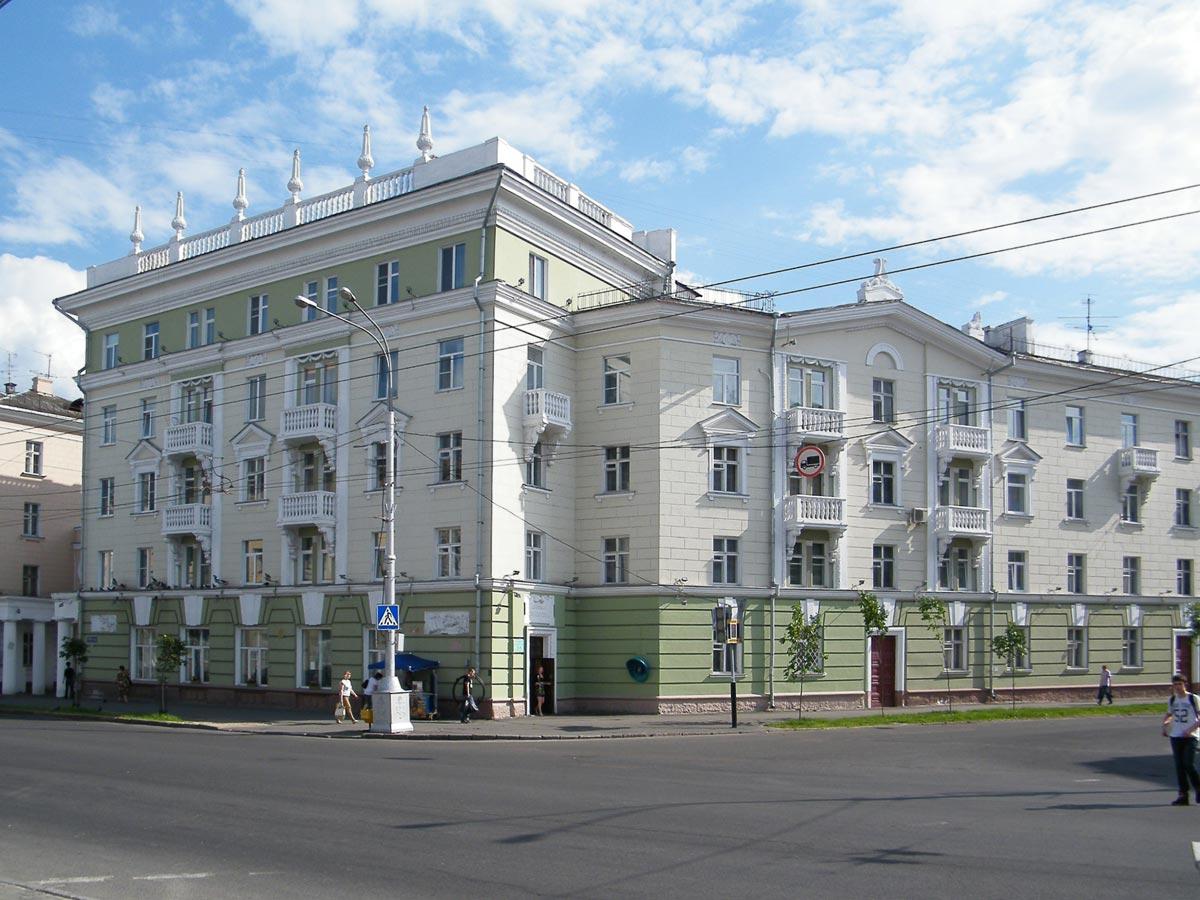 Современная архитектура. Фото с сайта wikimedia.org