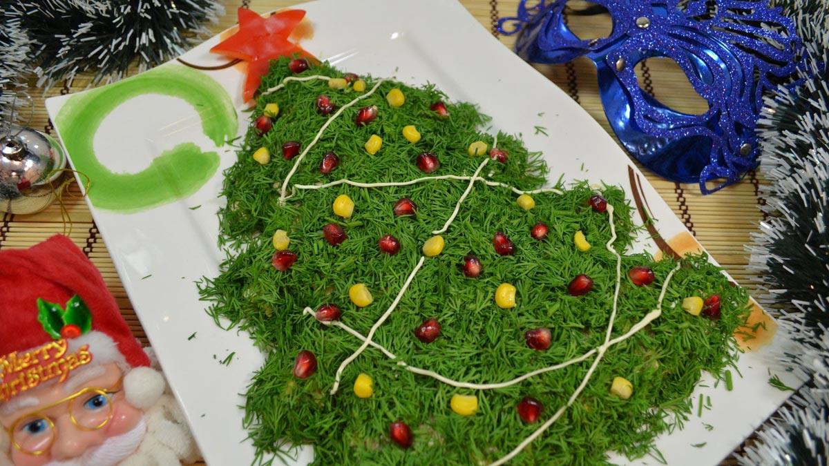 "Плоский салат ""Елочка"". Фото с сайта minecraftino.ru"