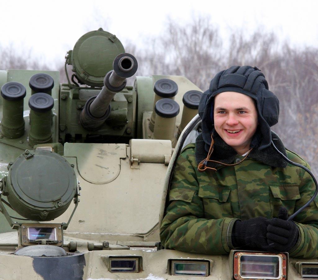 Вопросы про армию будут интересны тем мужчинам, которые служили. Фото с сайта gnkk.ru