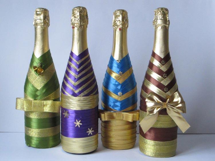 Декор бутылок лентами. Фото с сайта data24.gallery.ru