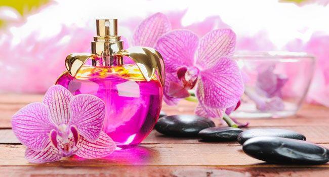 Парфюм нужно выбирать, точно зная предпочтения своей дамы. Фото с сайта parfum-shoping.com