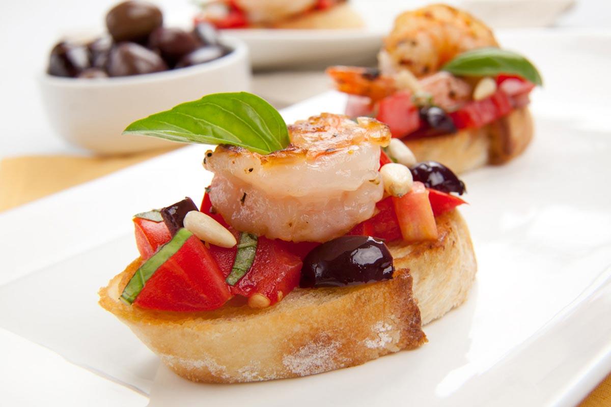 Бутерброды с креветками. Фото с сайта custo-restaurant.de