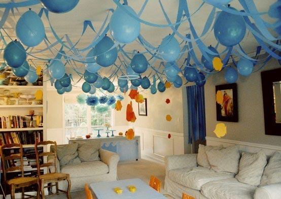 Воздушные шары - всегда хорошая идея для праздника. Фото с сайта vk.com