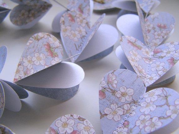 Объемная гирлянда из сердечек. Фото с сайта cutebox.com.ua