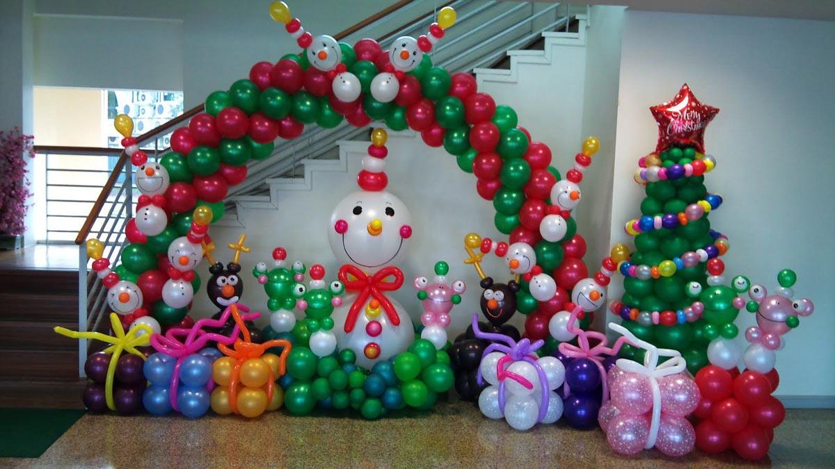 Новогодние композиции из шаров. Фото с сайта hi-kids.ru