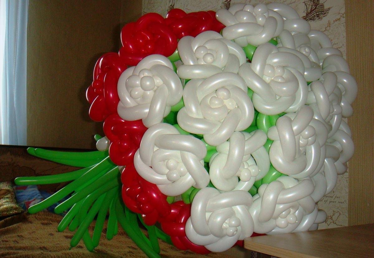 Романтичный букет. Фото с сайта vinni-puh-omsk.umi.ru