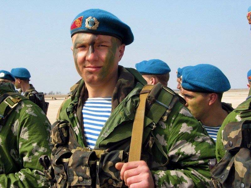 Сделайте коллаж с фото друга. Фото с сайта waleriy.com.ru