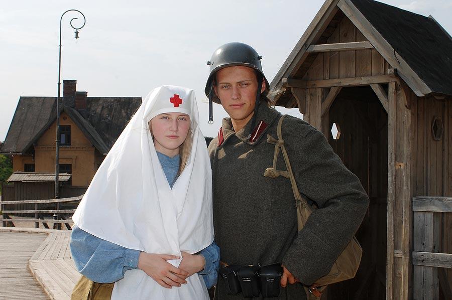 Медсестры на фронте. Фото с сайта tomallen.ws