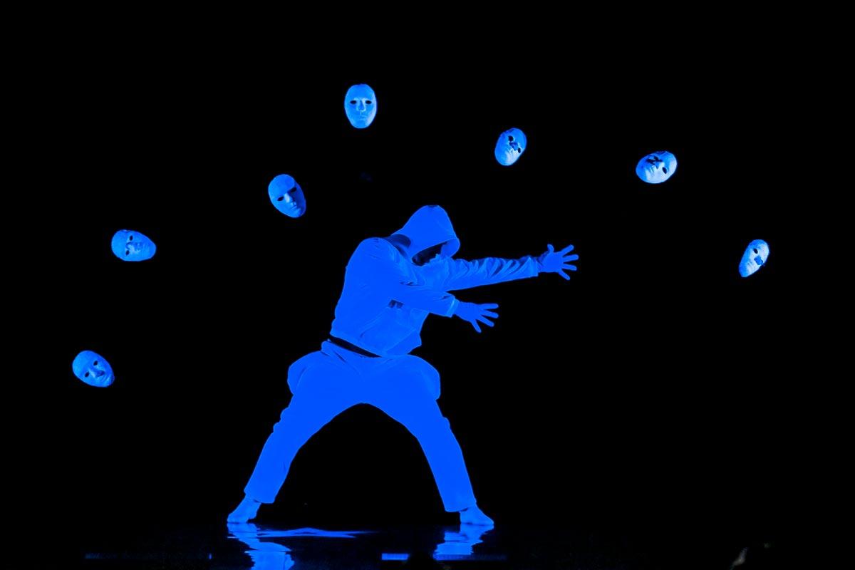 Концерт для выпускного. Фото с сайта www.unrealitytv.co.uk
