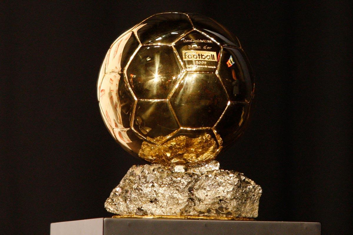 Важно вручить каждому хотя бы символический, но индивидуальный презент. Фото с сайта theballsports.com
