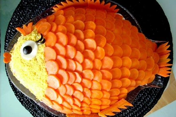 Золотая рыбка из моркови. Фото с сайта show.7ya.ru
