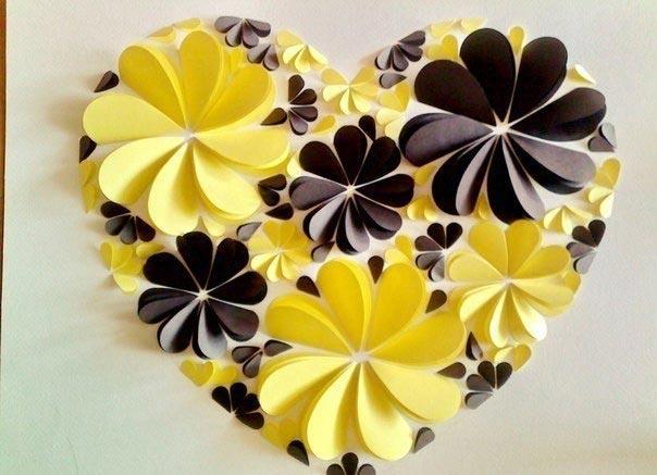 Несложная аппликация в форме сердца. Фото с сайта www.annekaz.com