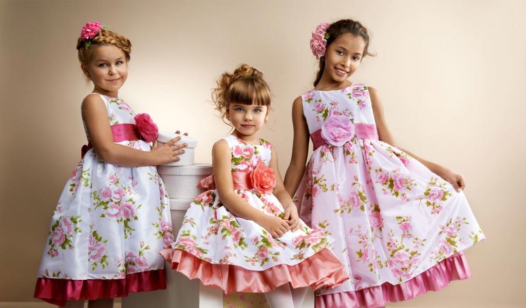 Очаровательные платья для детей. Фото с сайта www.goodfon.ru