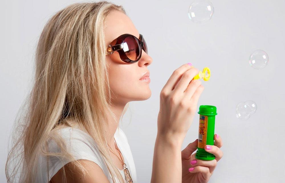 В 16 лет девушки очень любят мечтать. Фото с сайта ideagram.ru