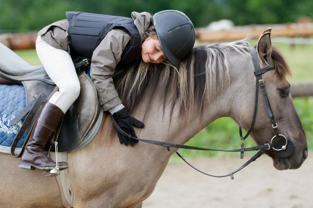 Прогулка на лошади - отличный подарок. Фото с сайта files.clickweb.home.pl