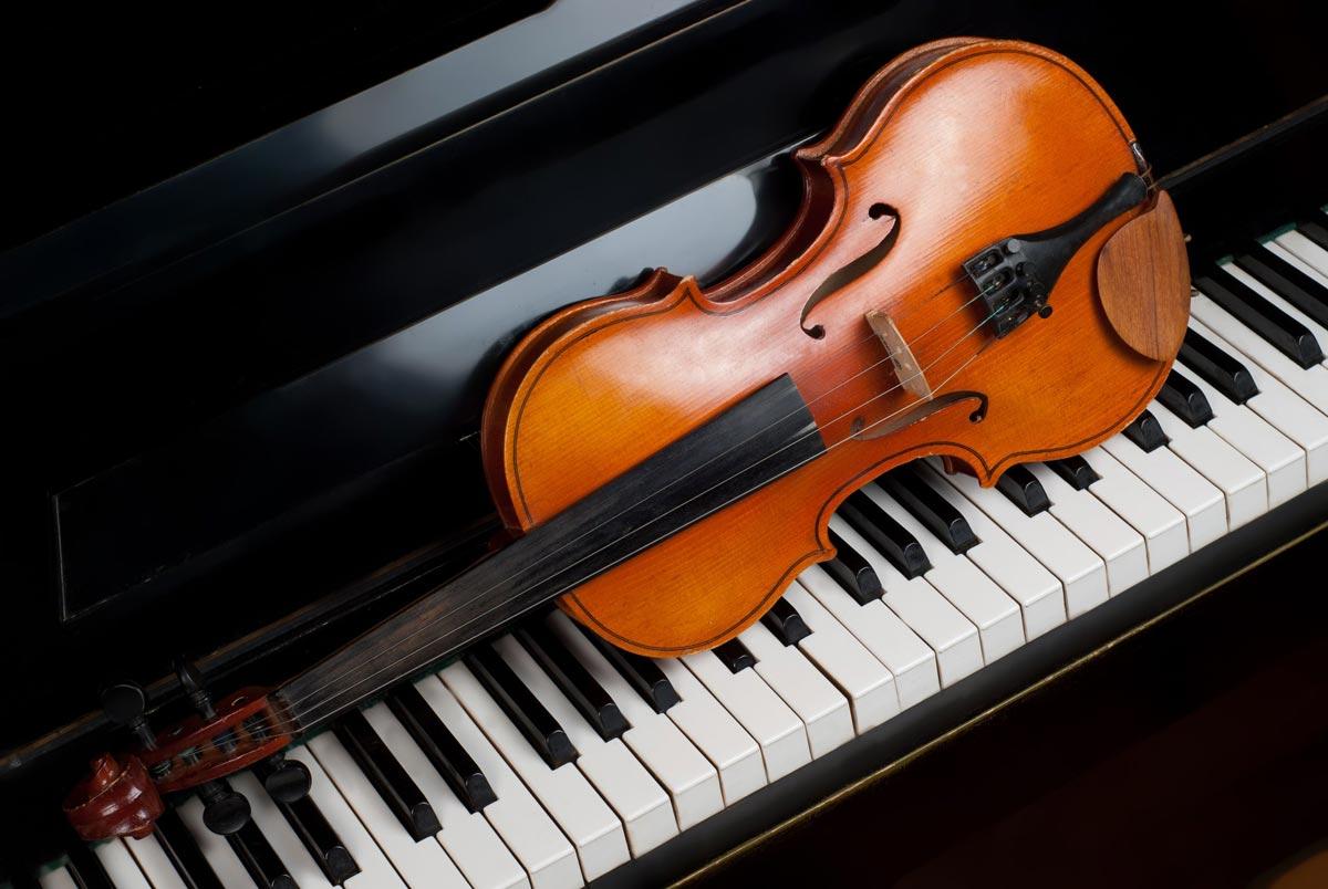 Выпускники музыкальной школы не боятся показывать свои таланты. Фото с сайта avatars.mds.yandex.net