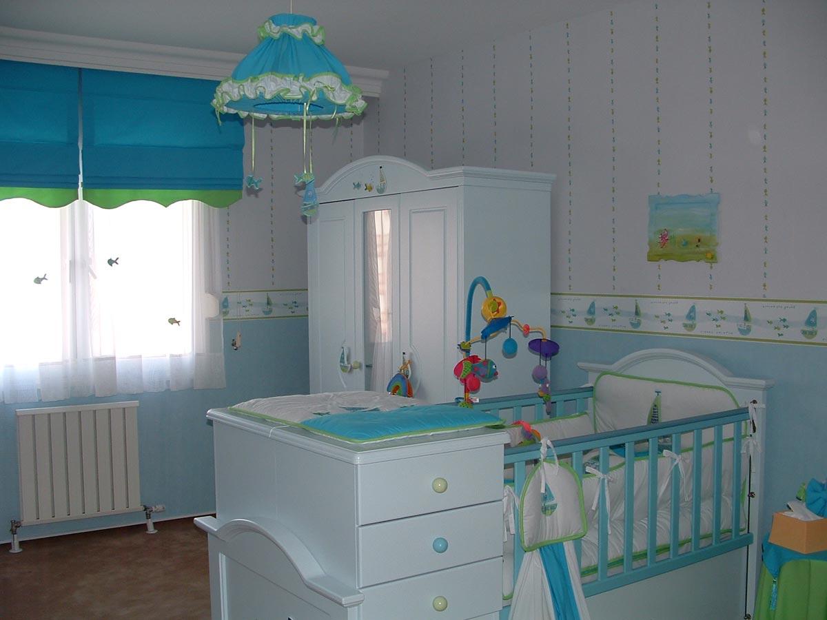 Украсить квартиру к выписке из роддома - считается знаком внимания. Фото с сайта maiya777.ucoz.ru