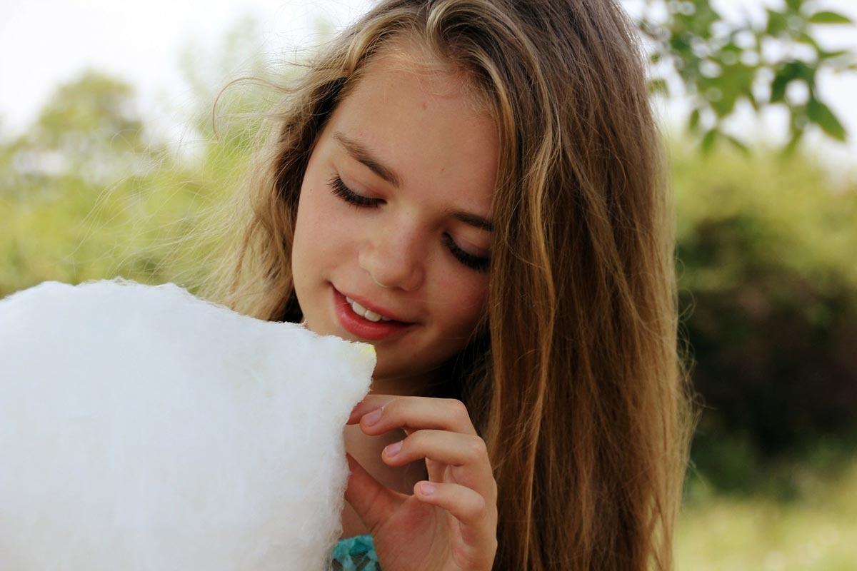 Сахарная вата своими руками - это весело и креативно. Фото с сайта cukrova-vata.com