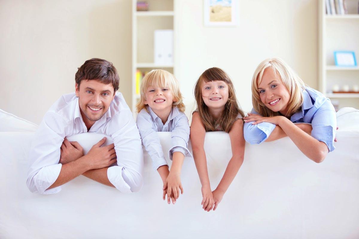 Семейная фотосессия. Фото с сайта adana.su