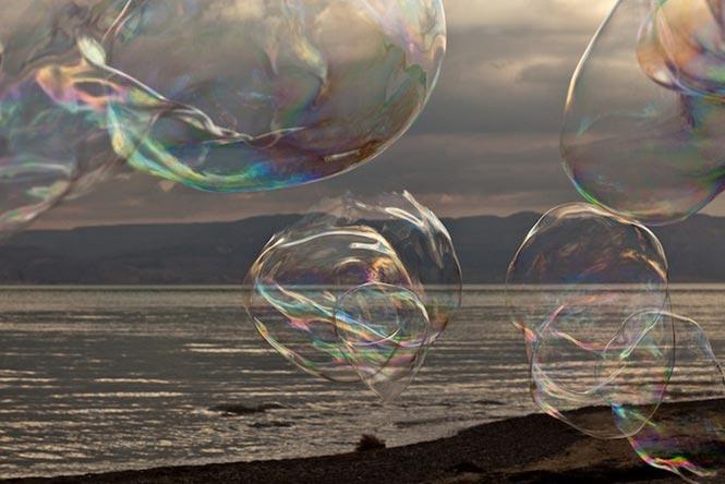 Большие воздушные пузыри. Фото с сайта www.volgograd.europaplus.ru