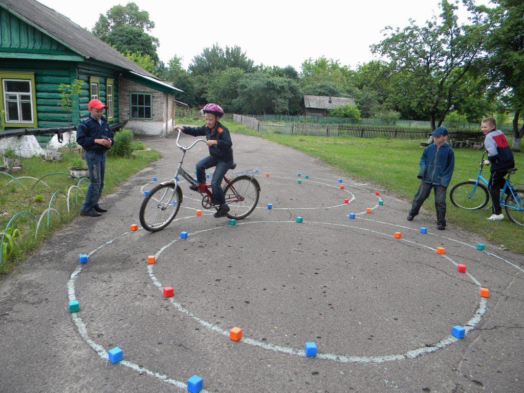 Конкурс для детей. Фото с сайта ruhov-school.ucoz.ru