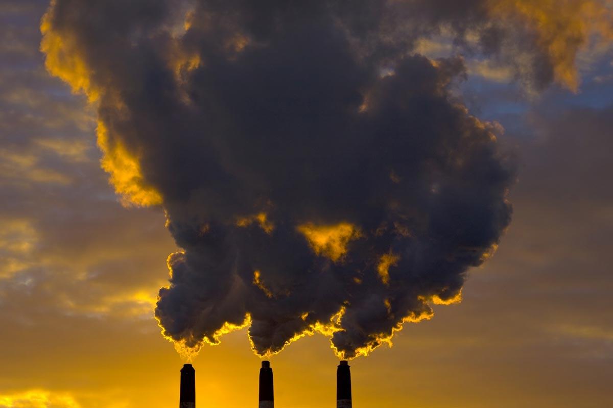 Важно остановить загрязнение планеты. Фото с сайта slavyansk.ru