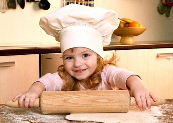 Воспитывайте у ребенка правильные ориентиры с малых лет. Фото с сайта www.best-mother.ru
