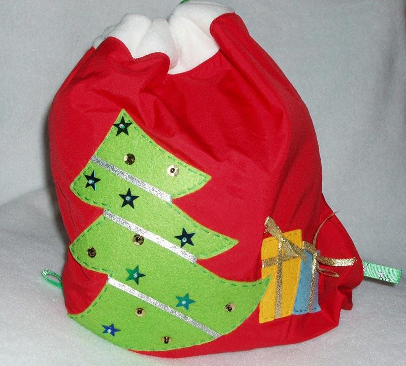 Упаковка в виде мешка Деда Мороза