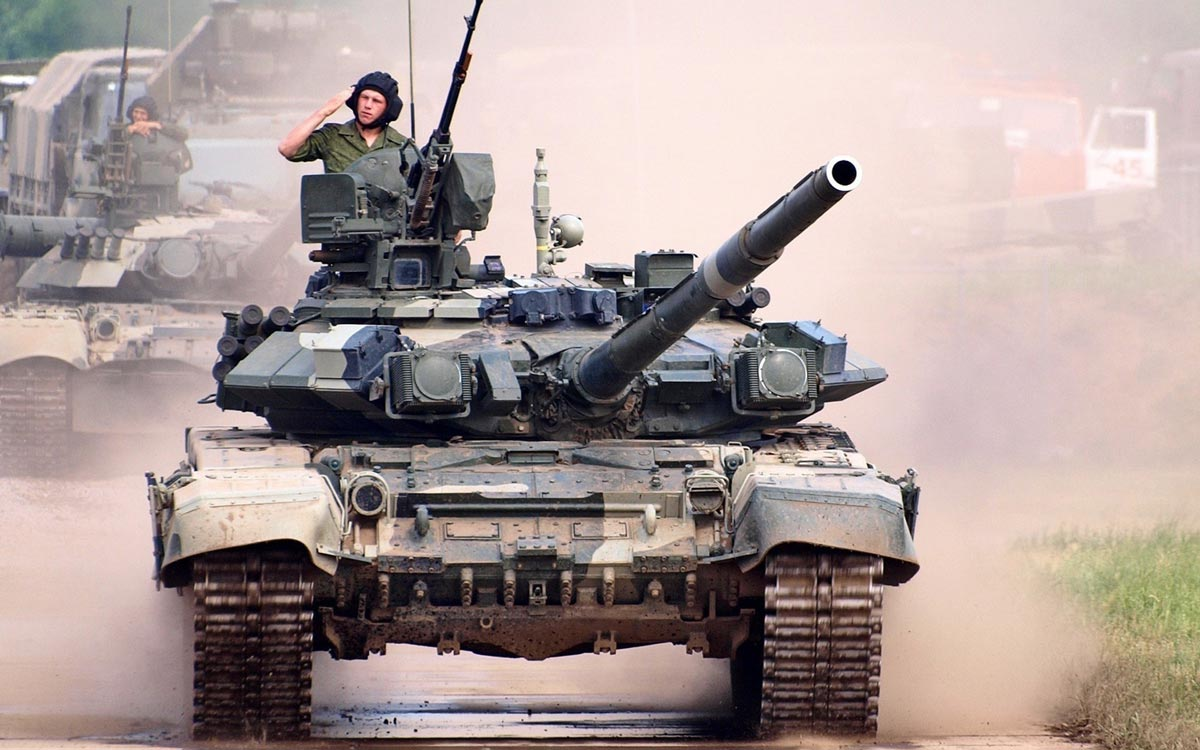 Не забудьте поздравить знакомых танкистов. Фото с сайта www.anywalls.com