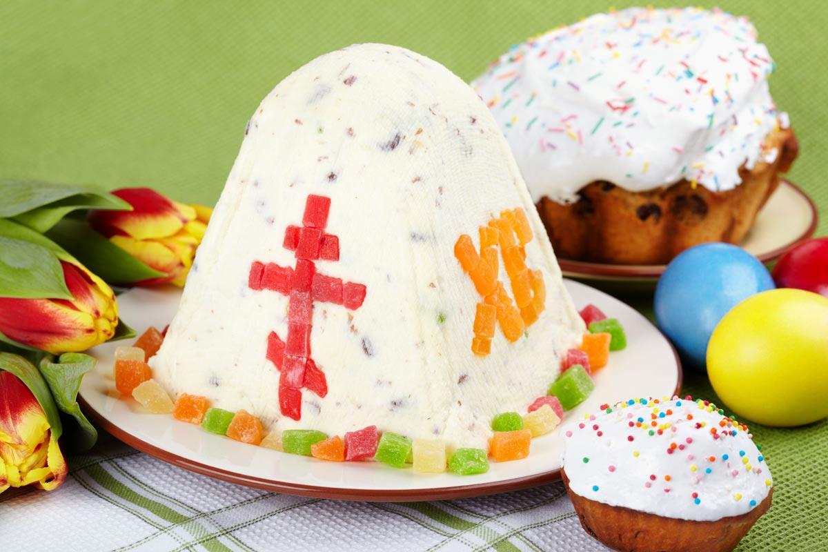 Красивая праздничная пасха. Фото с сайта patelnya.com.ua