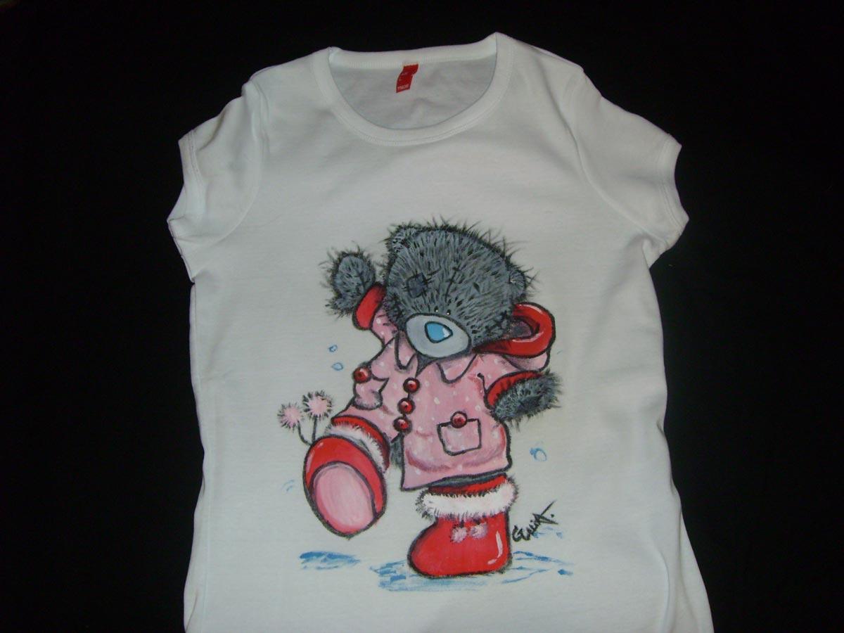 Обязательно используйте специальные краски по ткани. Фото с сайта relax.dviger.com