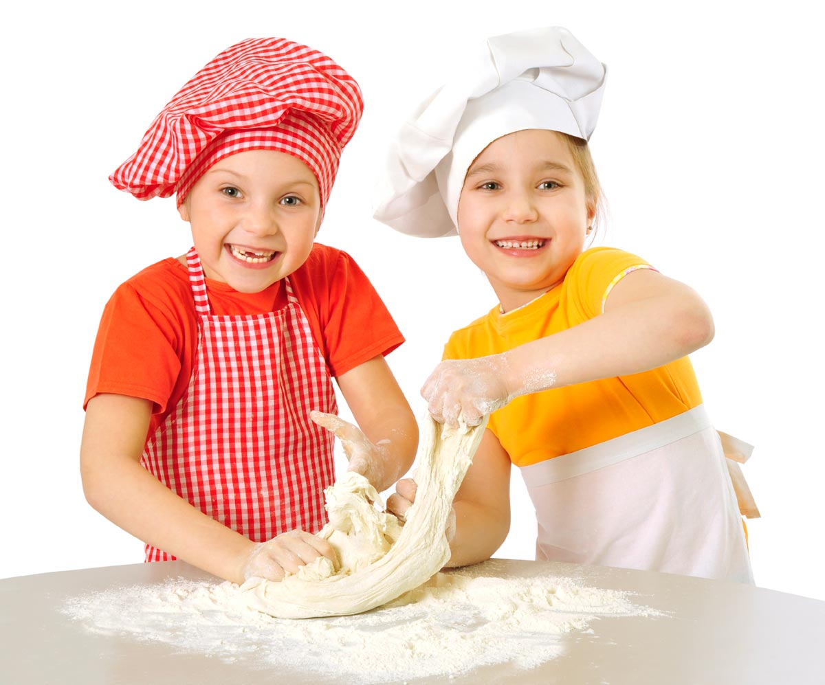 Интересный Первомай для детей. Фото с сайта www.issayastudio.com