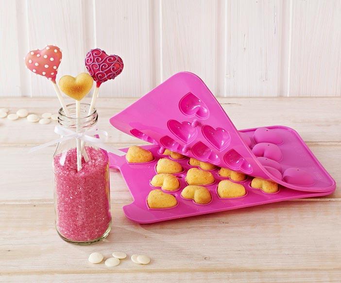 Маленькие кейк попсы сердечки. Фото с сайта www.meincupcake.de