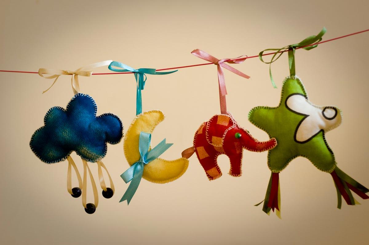 Остановите выбор на рукодельном подарке. Фото с сайта 53sundays.play-n-dance.ru