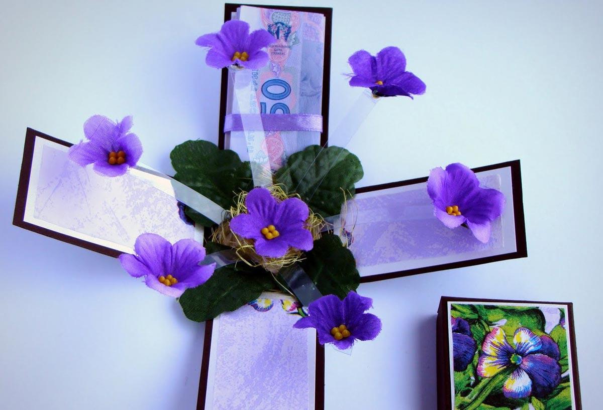 Нежная цветочная коробочка