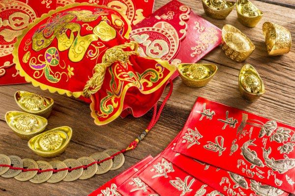 На Новый год в Китае дарят деньги. Фото с сайта v.img.com.ua