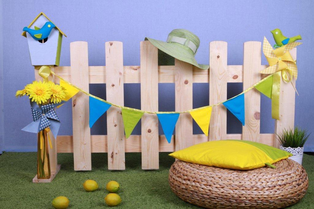 Оригинальная детская фотозона. Фото с сайта pozdravrebenka.ru