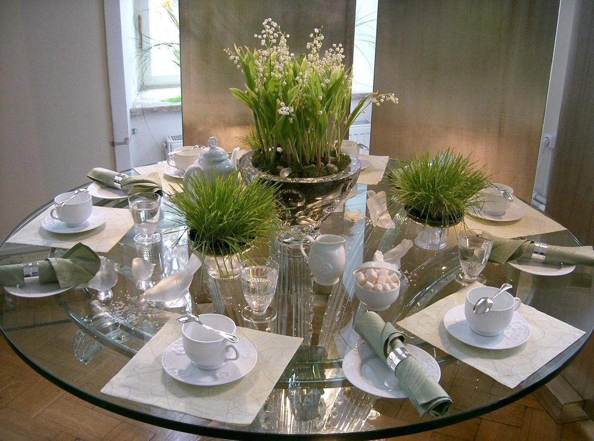 Необычный декор с живыми цветами. Фото с сайта hovrashok.com.ua