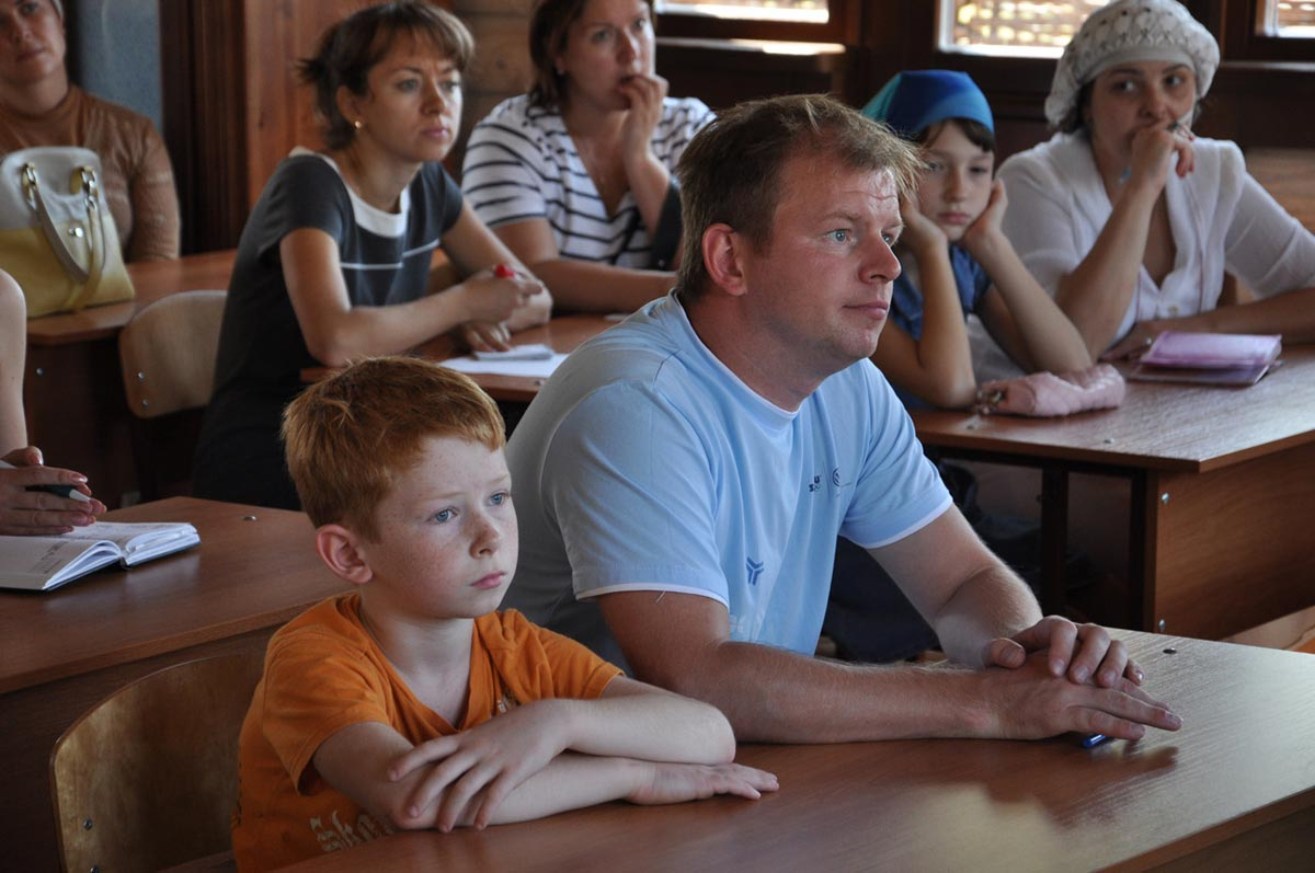 Сценка для родителей на выпускной. Фото с сайта psgpru.cambal.ru