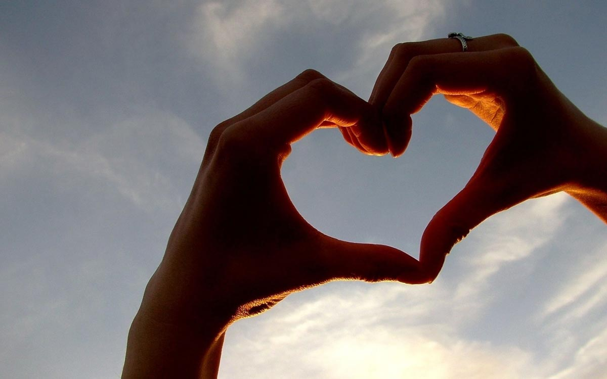 Самый романтичный праздник. Фото с сайта www.bgpics.ru