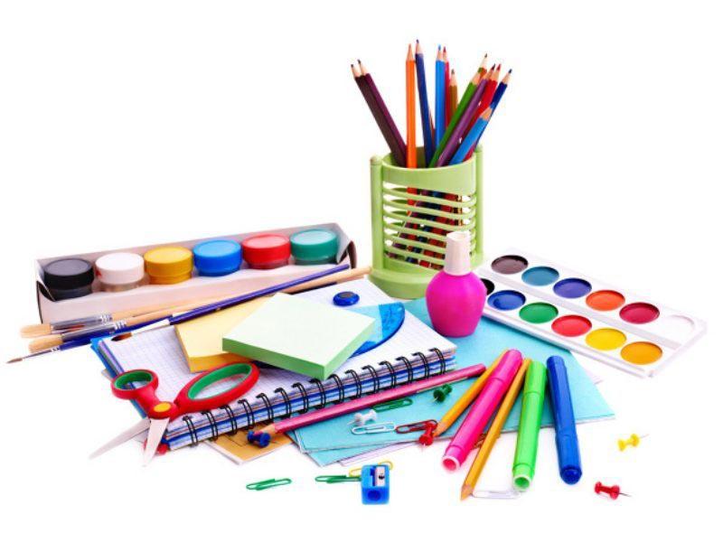 Наборы для творчества - хорошие подарки. Фото с сайта www.medialipetsk.ru