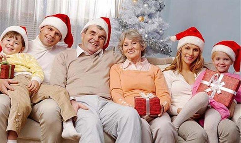 Новый год – семейный праздник. Фото: rusjizn.ru