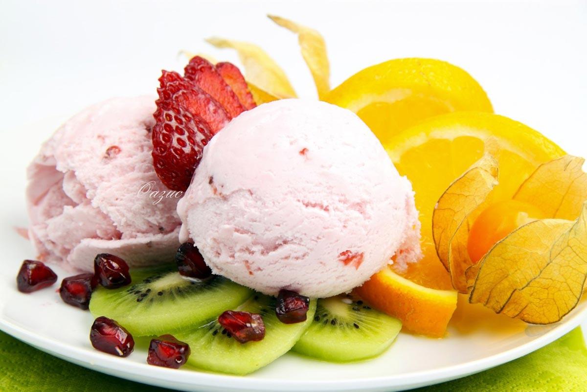 Салат с мороженым - это необычно. Фото с сайта vk.com