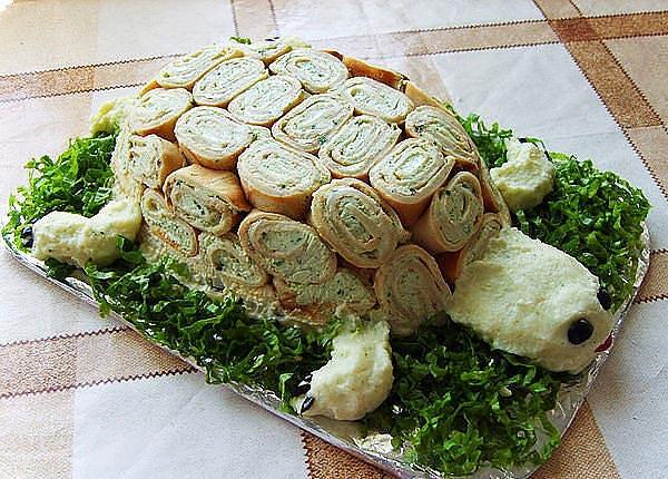 Оригинальный салат в форме черепахи. Фото с сайта liveinternet.ru