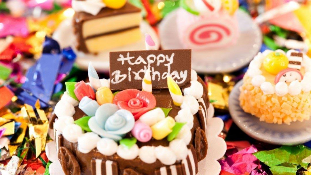 Торты и пирожные никто не отменял! Фото с сайта babyzzz.ru