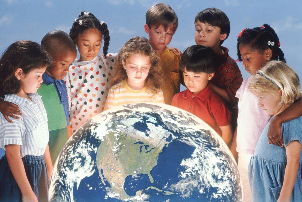 Дети всей планеты хотят жить в мире! Фото с сайта snigiryevka-rada.gov.ua