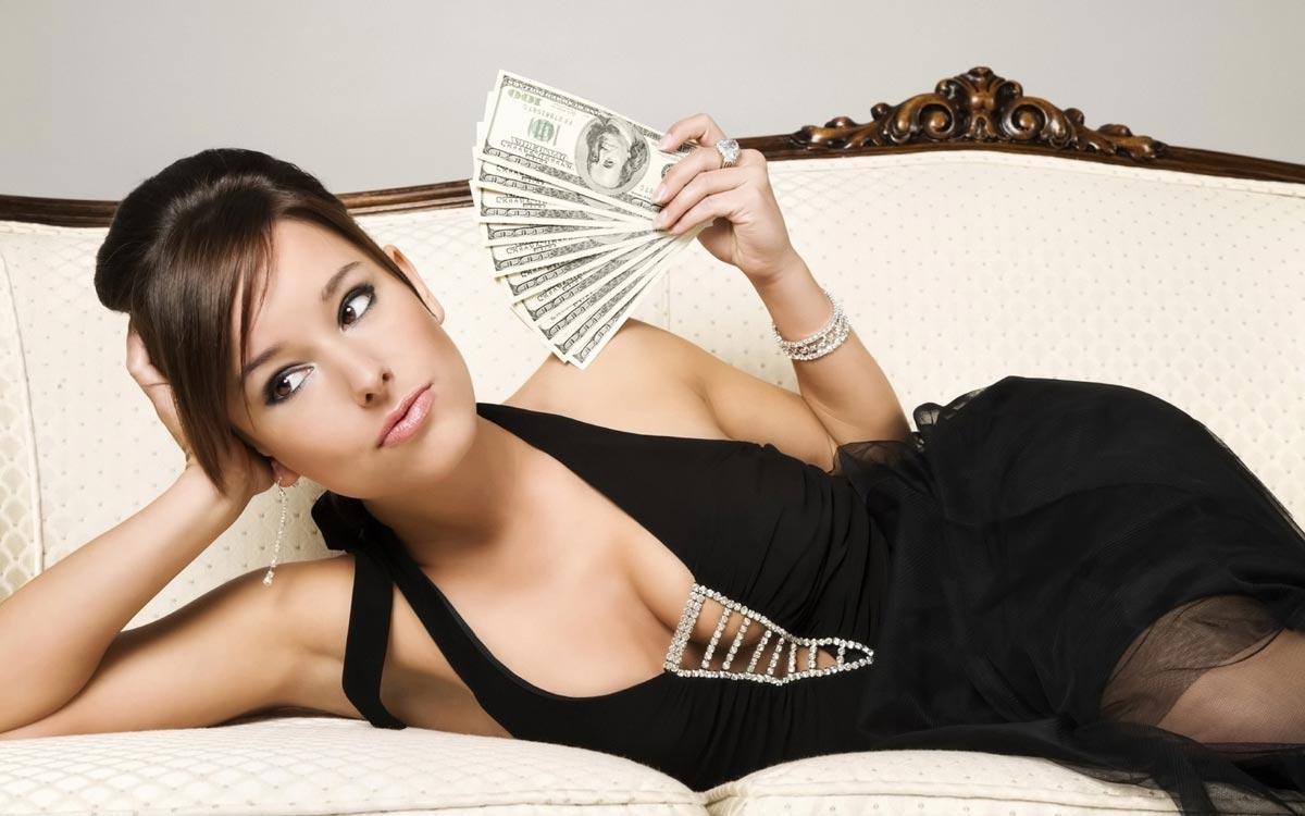 Новогодние приметы про деньги. Фото с сайта leadershipten.files.wordpress.com