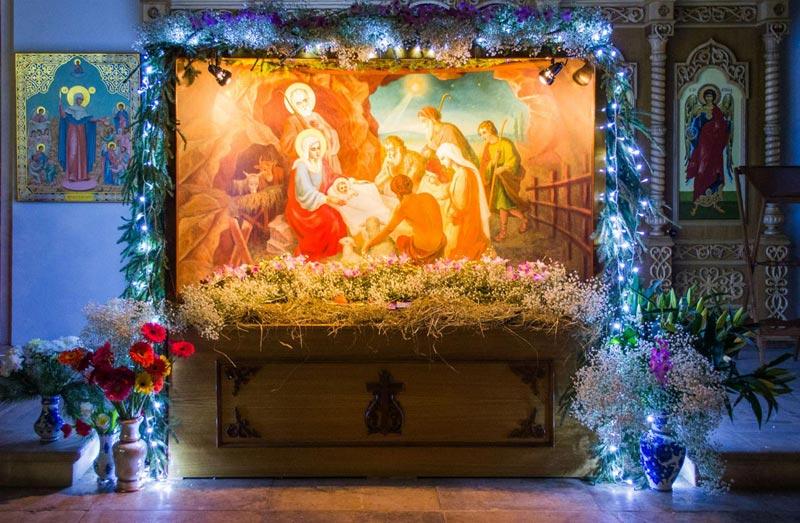 Украсить помещение к Рождеству можно библейскими сценами. Фото с сайта www.ioann-apostol.ru